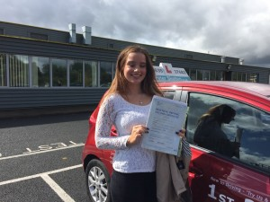 Driving Lessons Newbury - Eloise Raeyer