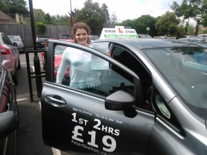 Driving Lessons Newbury - Maddy Easter