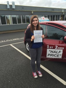 Driving Instructor Newbury - Holly Greader